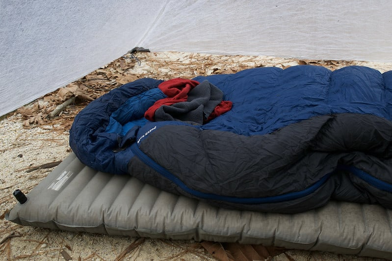 Tips on Keeping Your Sleeping Bag Warm and Dry