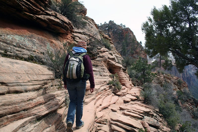 Keep Yourself Hydrated When Hiking or Camping